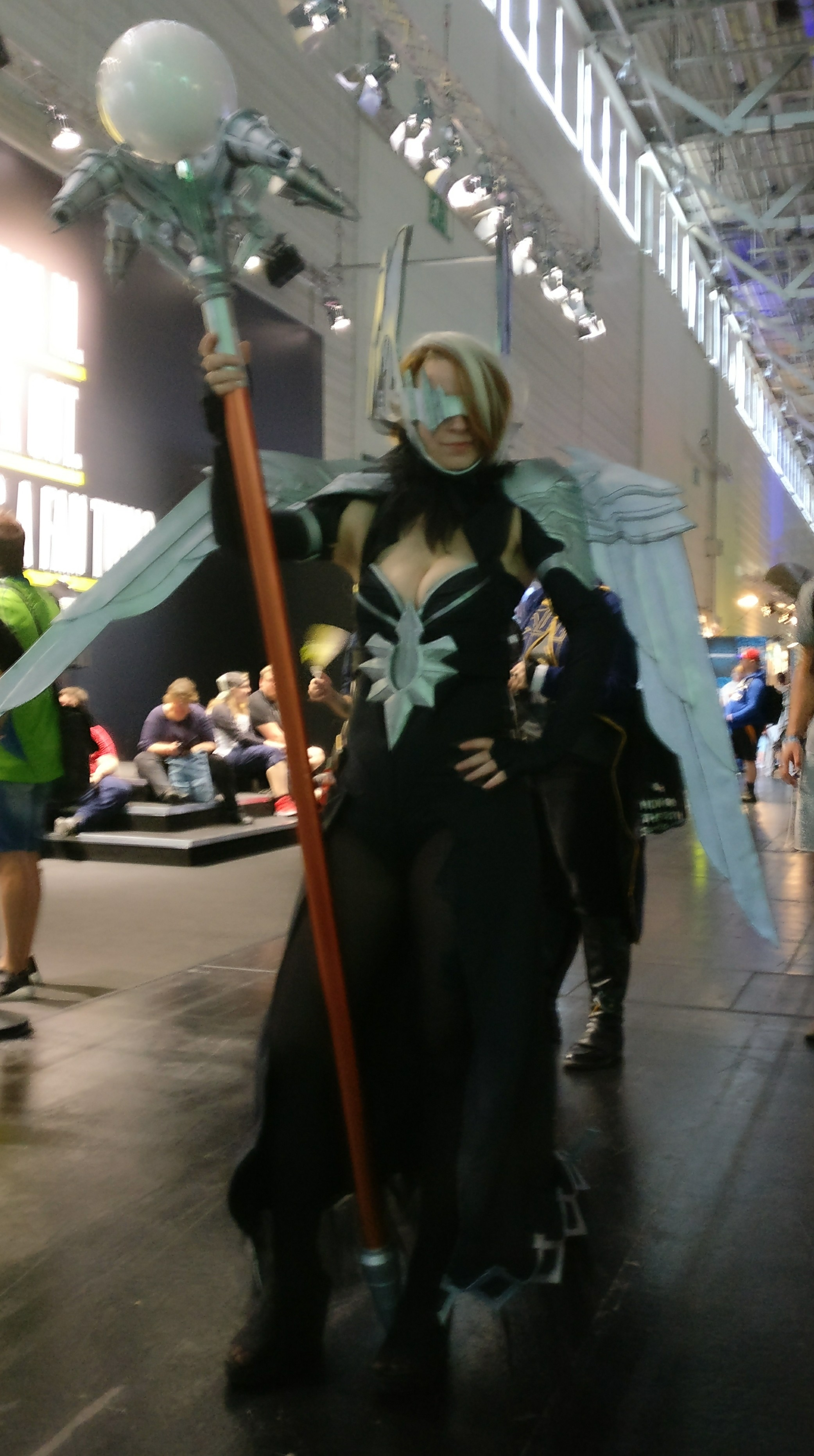 AimuGrelia Cosplay (Gamescom 2017)