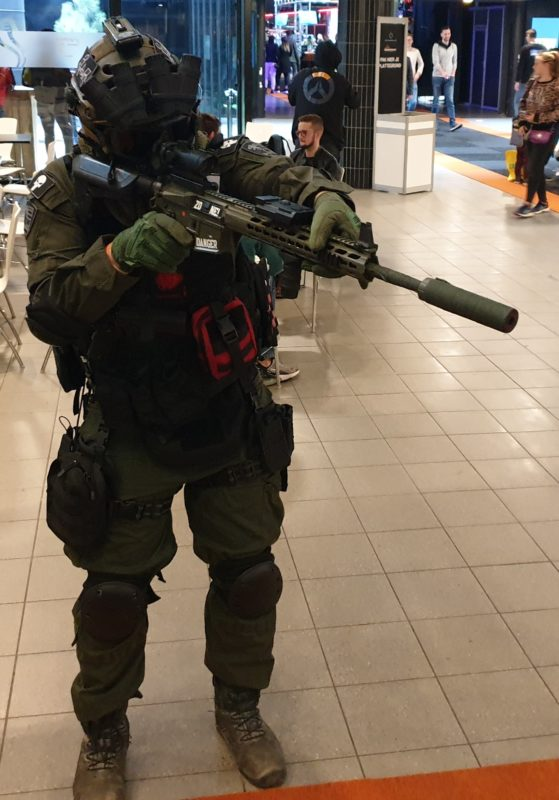 901 cosplay military